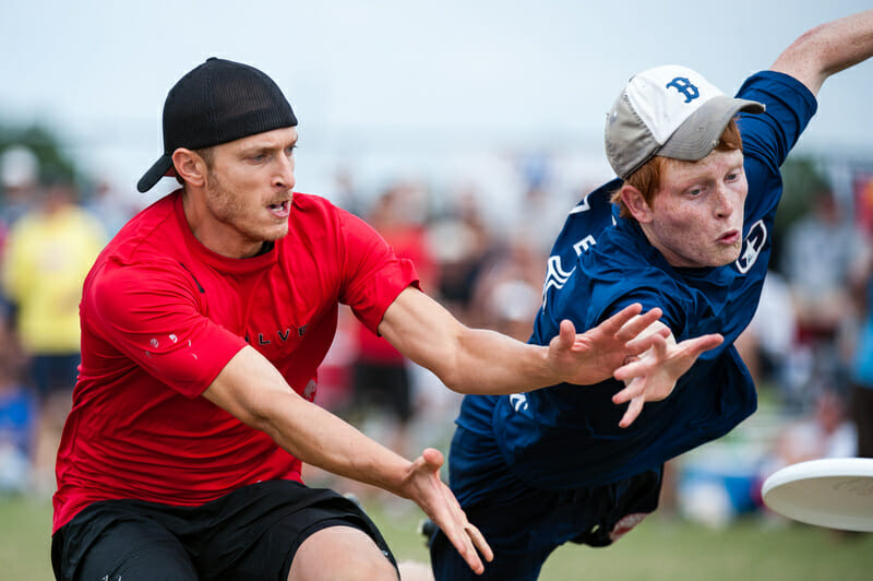 Doublewide's Dalton Smith gets the D on the first throw of the 2012 USA Ultimate Club Championships.