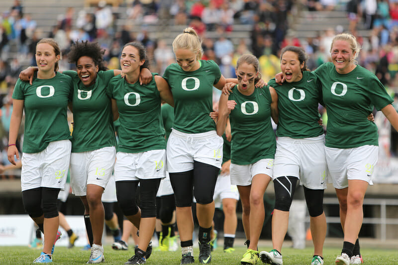 Oregon Fugue in front of the sizable crowd in Madison at the 2013 USA Ultimate D-I College Championships.