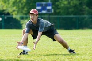 Dillon Lanier makes a low catch at NUTC.