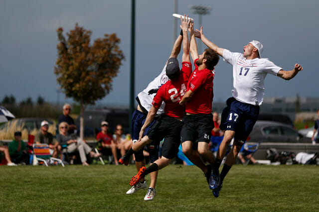 Doublewide v. Johnny Bravo in the 2013 South Central Regional final.
