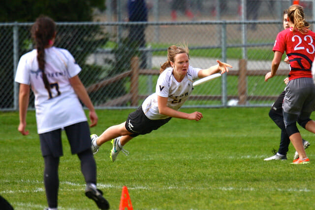 A Victoria player extends for a huge grab at Northwest Challenge 2015