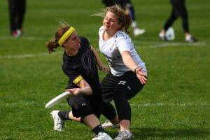 Lauren Sadler gets low for a forehand at Northwest Challenge 2015.