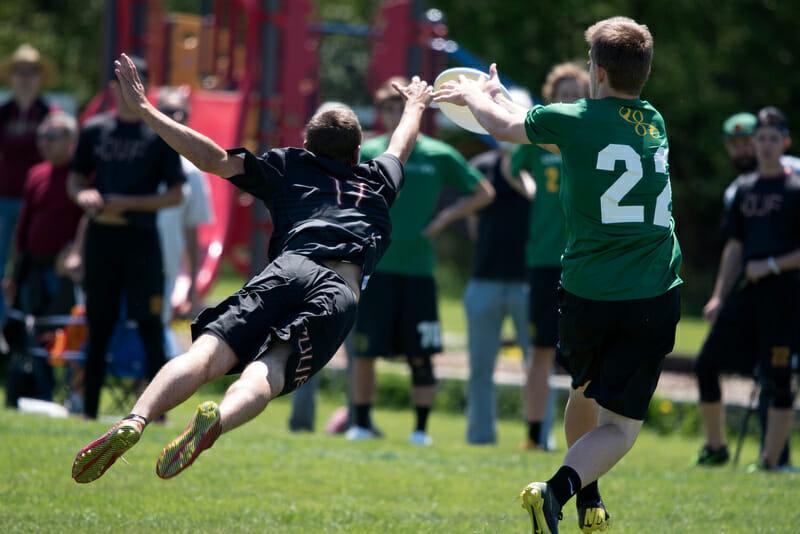 Oregon and FSU at 2015 Nationals.