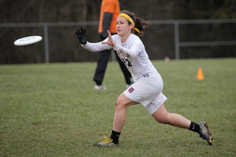 Pittsburgh's Sarah Russek makes a catch at QCTU16. Photo: Christina Schmidt -- UltiPhotos.com
