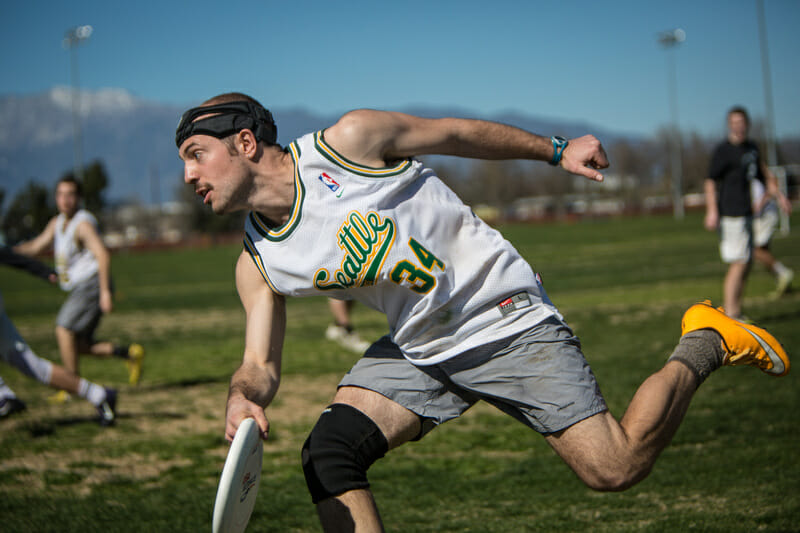 A Whitman player at DIII Warm Up. Photo: Stephen Chiang -- UltiPhotos.com