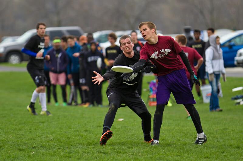 Travis Carpenter at 2014 Great Lakes Regionals. Photo: Nick Lindeke -- UltiPhotos.com