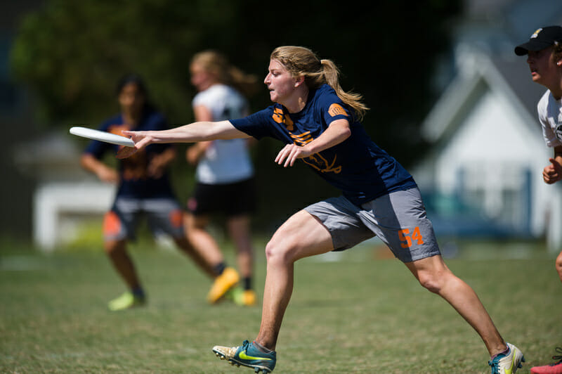 Virginia pulled off the upset of the day by taking down Oregon Fugue in Pool A. Photo: Kevin Leclaire -- UltiPhotos.com