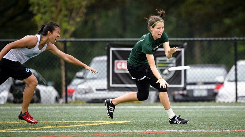 Oregon Fugue ran past UCLA to qualify for their eight straight National semifinal. Photo: Paul Andris -- UltiPhotos.com