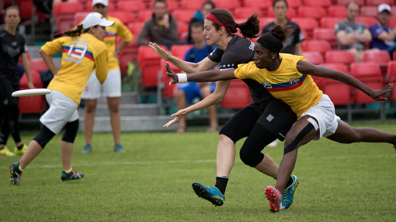 USA v Colombia. Photo: Jolie Lang -- UltiPhotos.com
