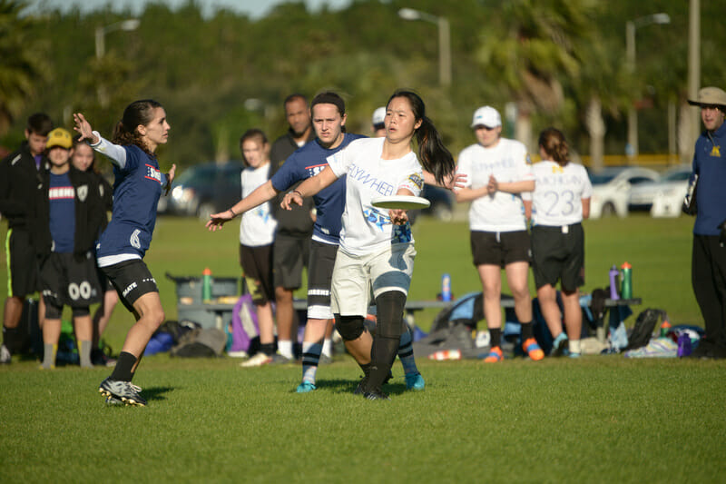 The UCF Sirens are famous for their zone defense. Photo: Billy Dzwonkowski -- UltiPhotos.com