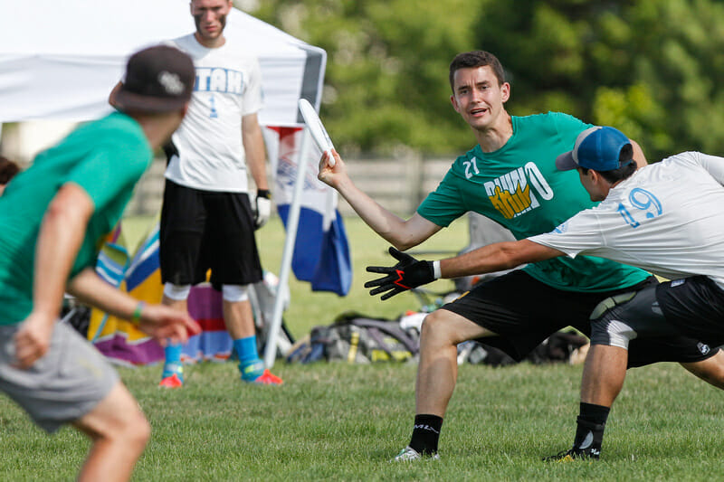 Rhino v. Powderhogs. Photo: Scott Grau -- UltiPhotos.com