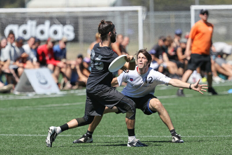 Revolver's Grant Lindsley throws in the Pro Flight Finale final. Photo: Rodney Chen -- UltiPhotos.com