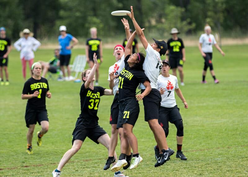 Photo: Ken Forman -- UltiPhotos.com