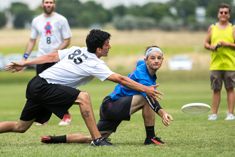 Love Tractor in the finals of the Pro-Elite Challenge. Photo: Ken Forman -- UltiPhotos.com