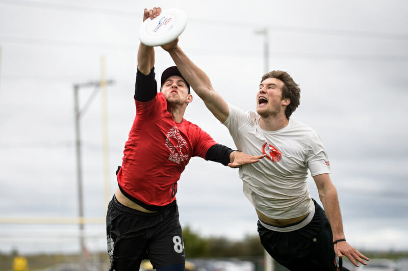 Ironside's Alex Kapinos makes the catch vs. Sockeye in quarterfinals. Photo: Paul Andris -- UltiPhotos.com