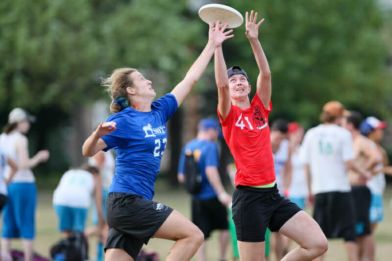 Siege and Bent are two of the teams that will be battling it out in a wild Northeast Womens Regionals. Photo: Burt Granofsky -- UltiPhotos.com