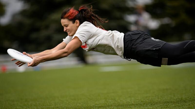 Slow White's Hannah Baranes gets horizontal. Photo: Paul Andris -- UltiPhotos.com