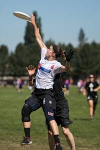 Molly Brown's Liza Minor gets up for a grab at the 2017 Pro Championships