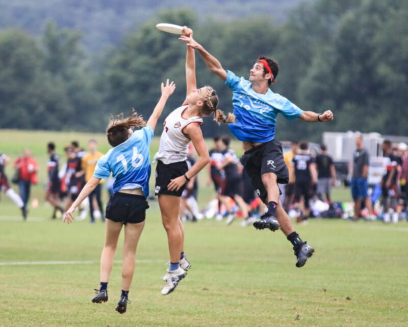 AMP's Linda Morse skies for a grab against Rally at the 2018 Pro Championships.