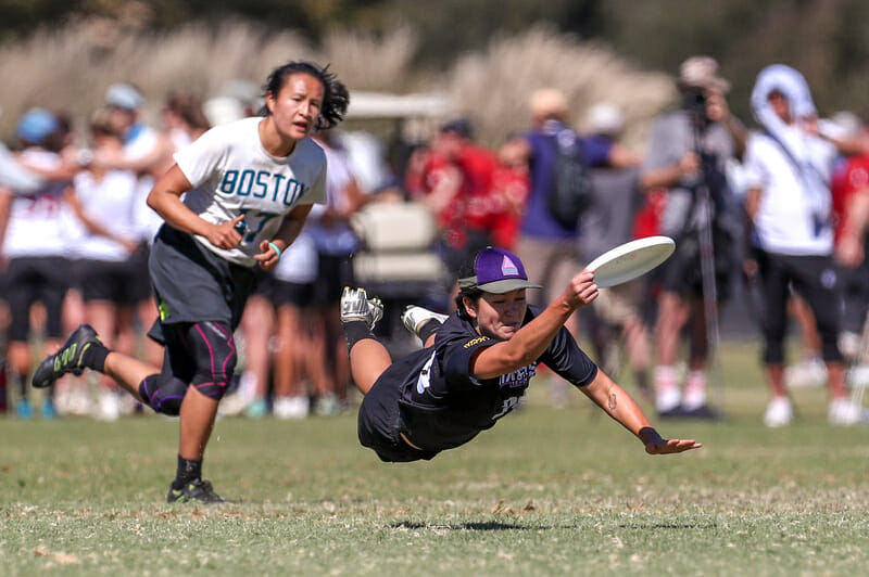 6ixers Lauren Kimura takes to the air against Brute Squad at the 2018 Club National Championships.
