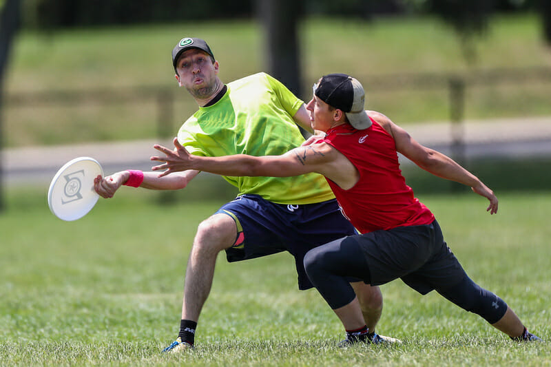 Jeff Graham of Amherst Sprout at the 2019 Boston Invite. Photo: Alec Zabrecky -- UltiPhotos.com