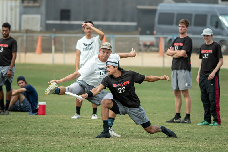 San Francisco Revolver and SoCal Condors at 2019 Southwest Regionals. Photo: Rodney Chen -- UltiPhotos.com