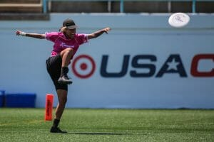 Manuela Cardenas has nailed the kick spike at the 2019 US Open. Photo: Alex Fraser -- UltiPhotos.com