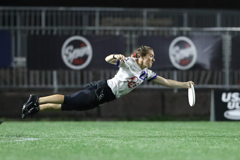 Drag'n Thrust's Kat Ritzmann has been a big part of Minneapolis' success this season, like with this catch of the 2019 US Open. Photo: Alec Zabrecky -- UltiPhotos.com