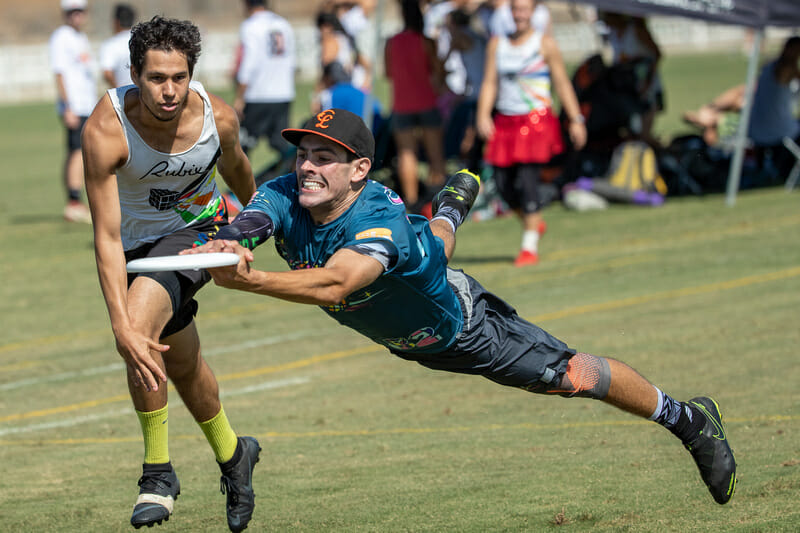 San Francisco Classy's Joel Anton grits his teeth to brace for impact after the layout at 2019 Southwest Club Regionals. Photo: Rodney Chen -- UltiPhotos.com