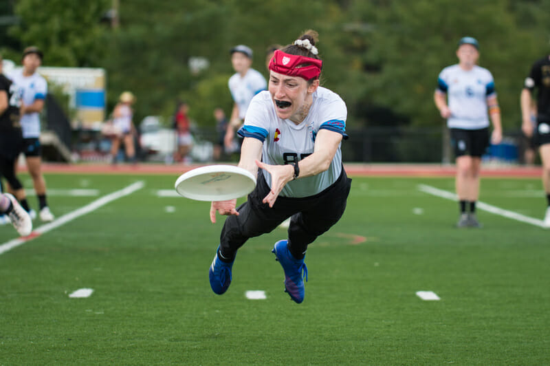 Denver Molly Brown's Veronica Eder makes full-extension layout grabs look routine, as she did in the 2019 Pro Championships' women's final. Photo: Paul Andris -- UltiPhotos.com