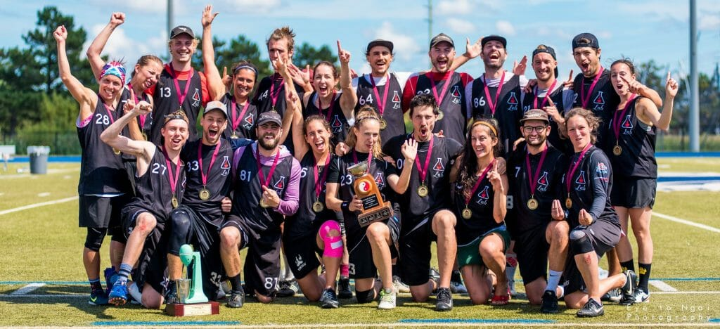 Montreal LAB after winning the 2019 Canadian Ultimate Championships Mixed title. Photo: Daniel Ngai