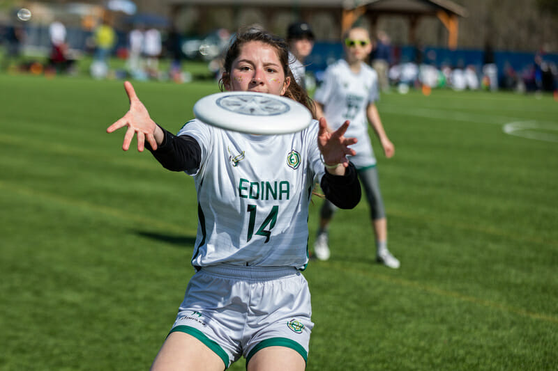 Edina's Juliana Hengel concentrates for the catch. Photo: Katie Cooper -- UltiPhotos.com