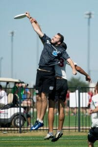 Mark Lloyd against Revolver at the 2014 Cub Championships. Photo: Jolie J Lang -- UltiPhotos.com