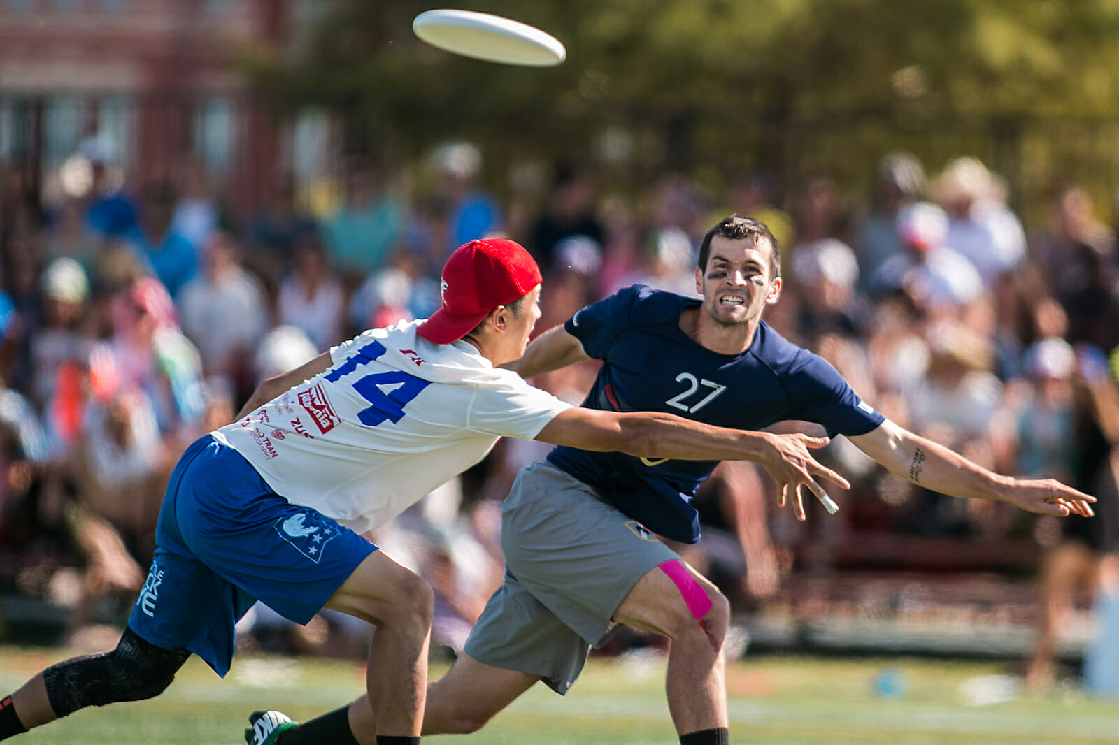 Revolver's Ashlin Joye bombs a backhand. Photo: Daniel Thai -- UltiPhotos.com