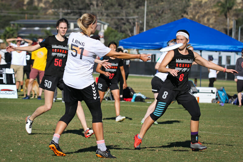 Wildfire's Lindsay Lang against Scandal at the 2018 Club Ultimate Championships.
