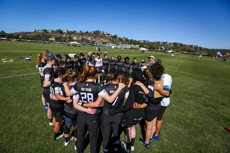 Denver Molly Brown in the huddle at the 2019 USA Ultimate Club Championships.