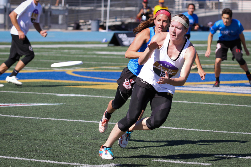 Space Heater's Georgia Bosscher at the USA Ultimate 2019 Club Championships of frisbee.