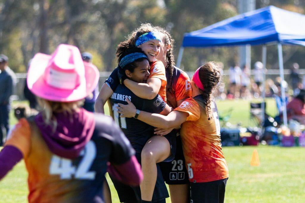 The UC Santa Barbara college women's ultimate frisbee team celebrates. Photo: Christina Schmidt -- UltiPhotos.com