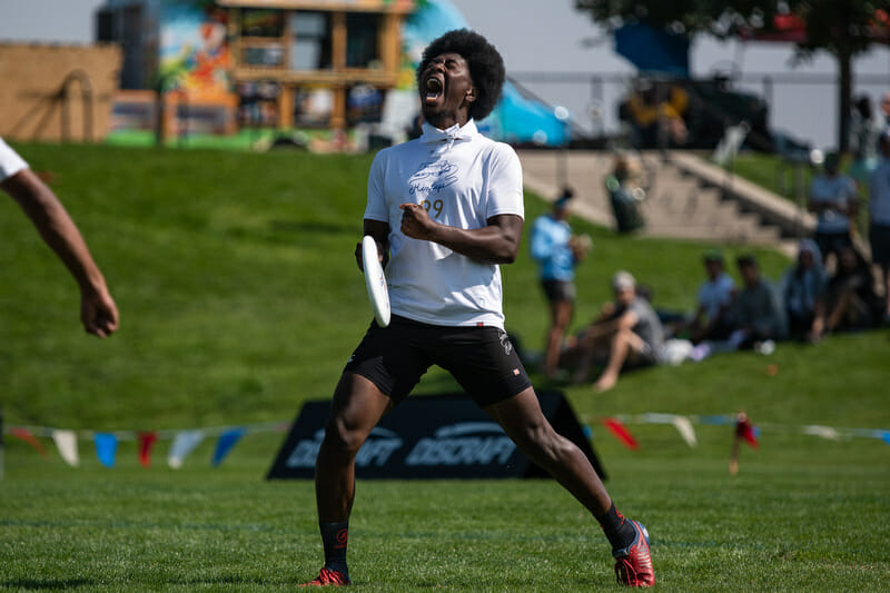 Seattle Mixtape's Khalif El-Salaam celebrates in the final of the 2021 Pro Championships. Photo: Sam Hotaling -- UltiPhotos.com