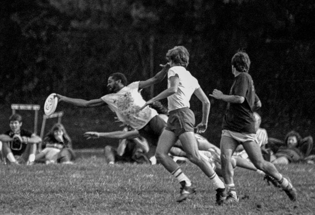 Kaboom's Gordon Christmas with the layout catch in the 1985 final versus Flying Circus. Photo: Dan Hyslop